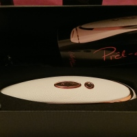 """What's the Buzz?"": The Prêt-à-porter from Satisfyer Luxury Sex-Toy Review"
